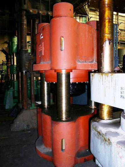 850-Ton-Blow-Down-Acting-Hydraulic-Press