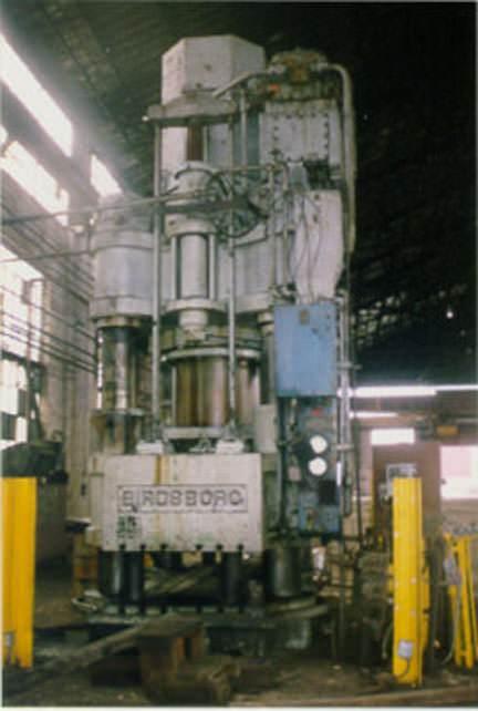1000-Ton-Birdsboro-4-Post-Down-Acting-Hydraulic-Press