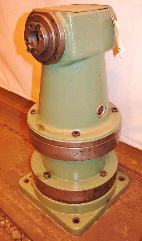 Right-Angle-Milling-Attachment-for-40-Taper-Boring-Mill