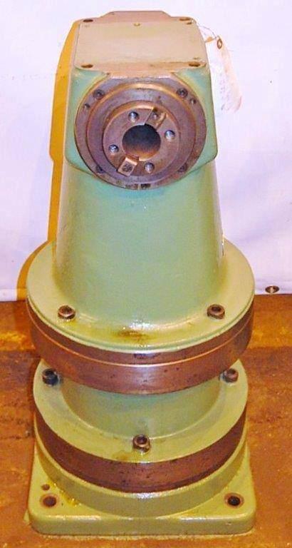 Right Angle Milling Attachment for 40 Taper Boring Mill  -23425a