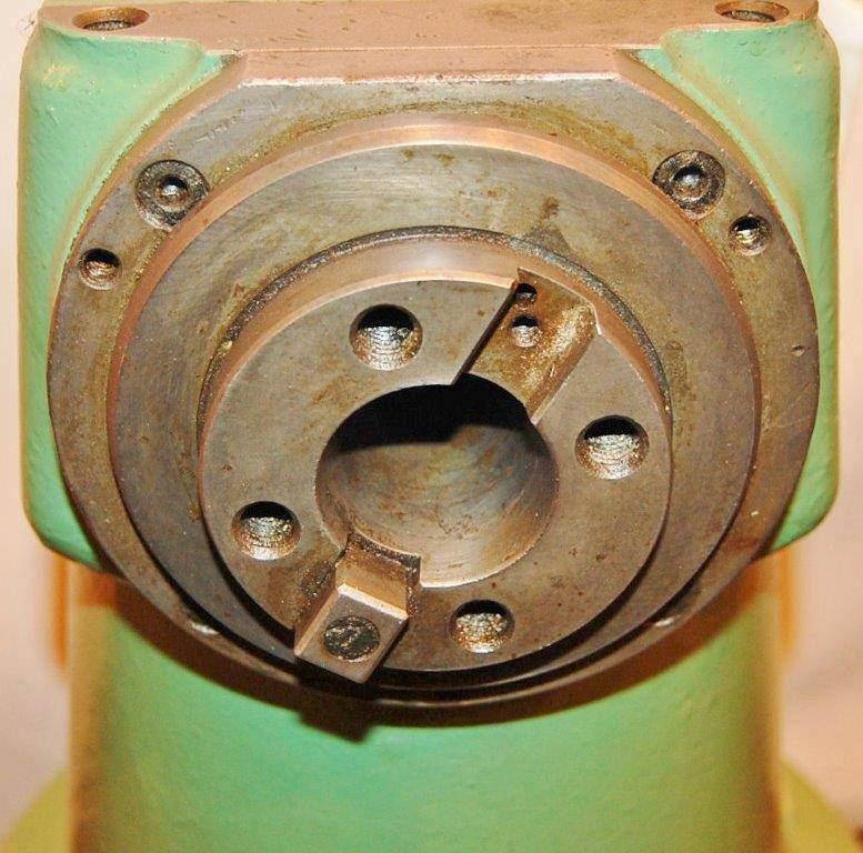 Right Angle Milling Attachment for 40 Taper Boring Mill  -23425c