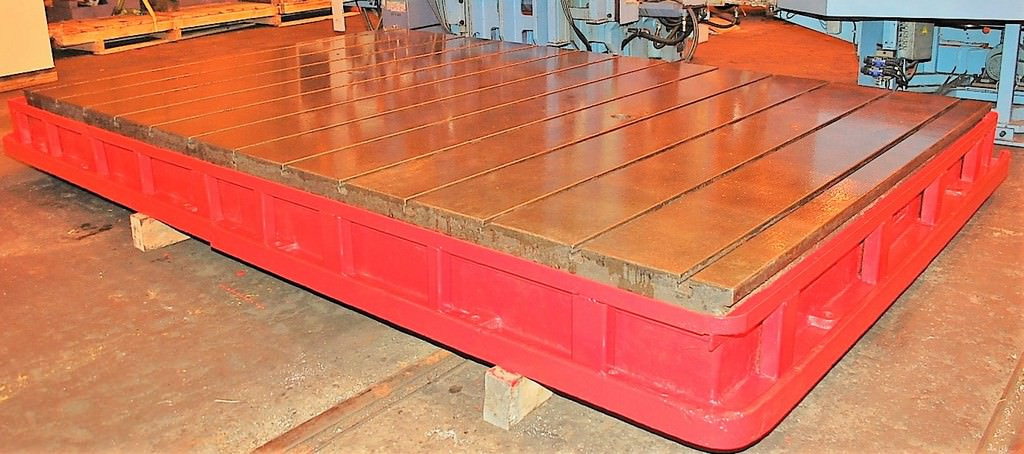 T-Slotted-Floor-Plate-(1)-99-x-151-Cast-Iron-Construction