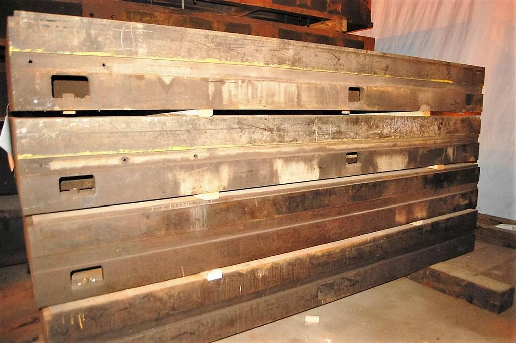 T-Slotted Floor Plates (4) 47