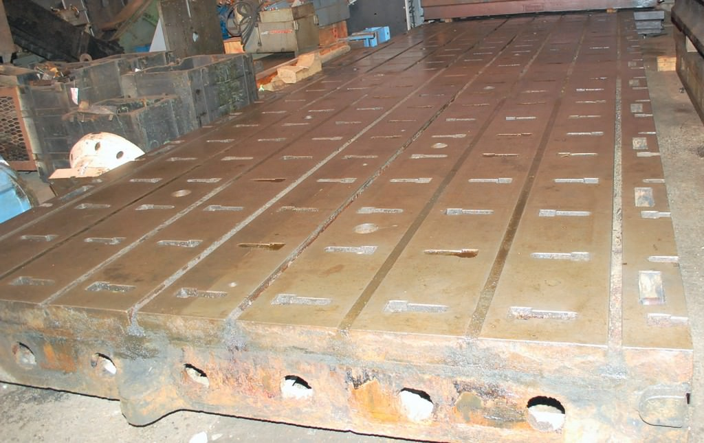 T-Slotted-Floor-Plate-(1)-115-x-312