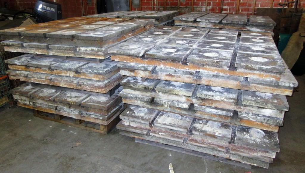 T-Slotted-Floor-Plates-(23)-58.5-x-58.5-Cast-Iron