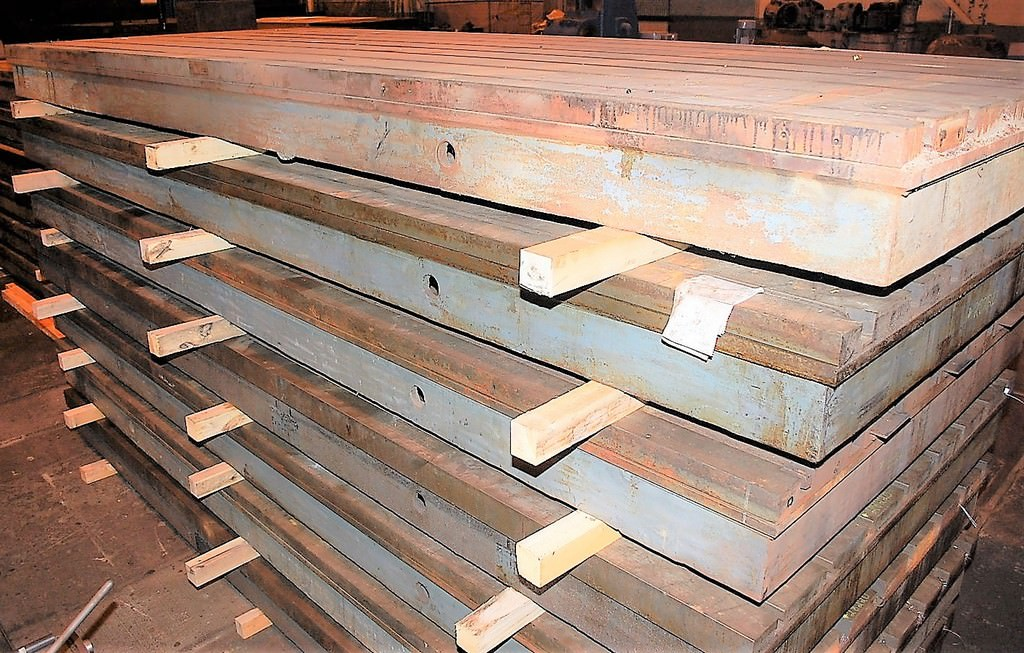 T-Slotted-Floor-Plates-(2)-78.5-x-196-Cast-Iron