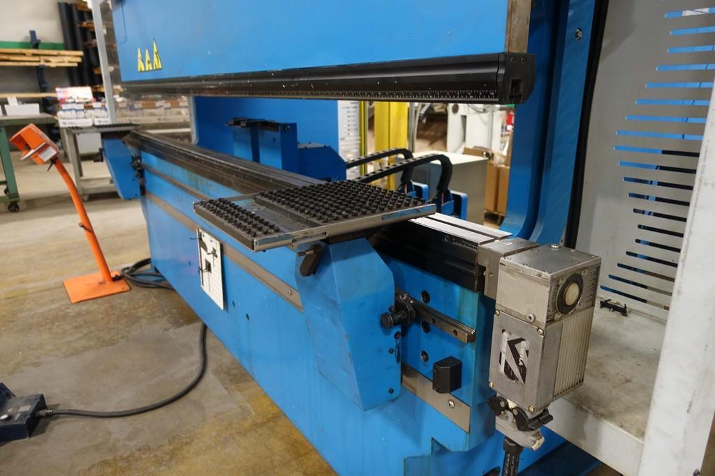 Finn Power B125-3060-GE UH6 138 Ton 8-Axis CNC Press Brake-28456e