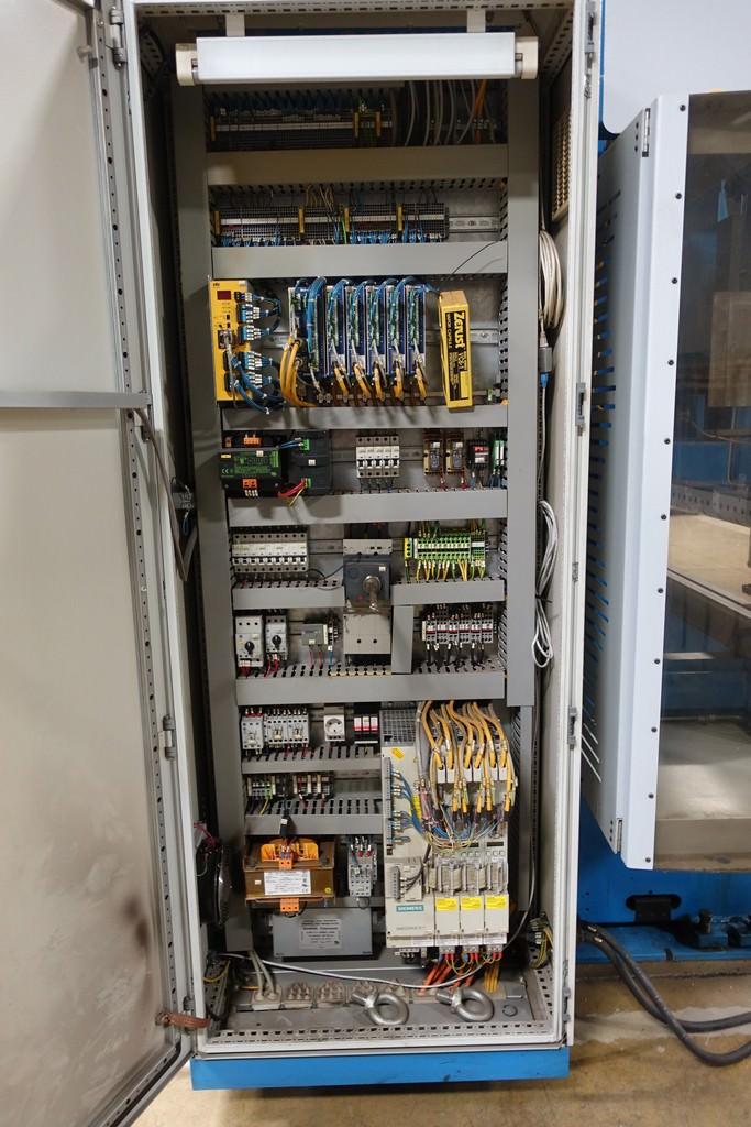 Finn Power B125-3060-GE UH6 138 Ton 8-Axis CNC Press Brake-28456g