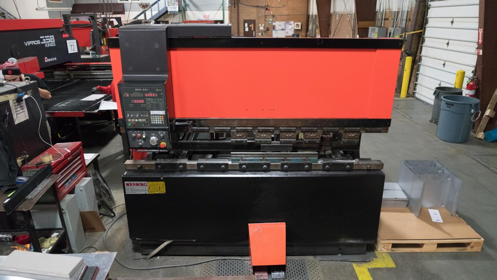 Amada-FBD-8025-Amada-3-Axis-CNC-Hydraulic-Press-Brake