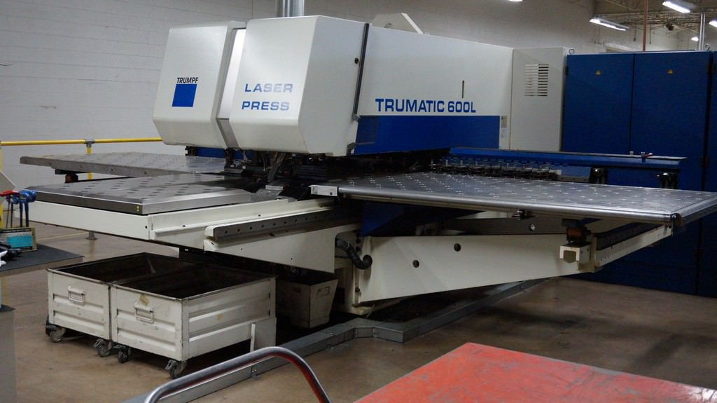 25-Ton-Trumpf-TC600L-CNC-Punch-With-2400-W-Laser