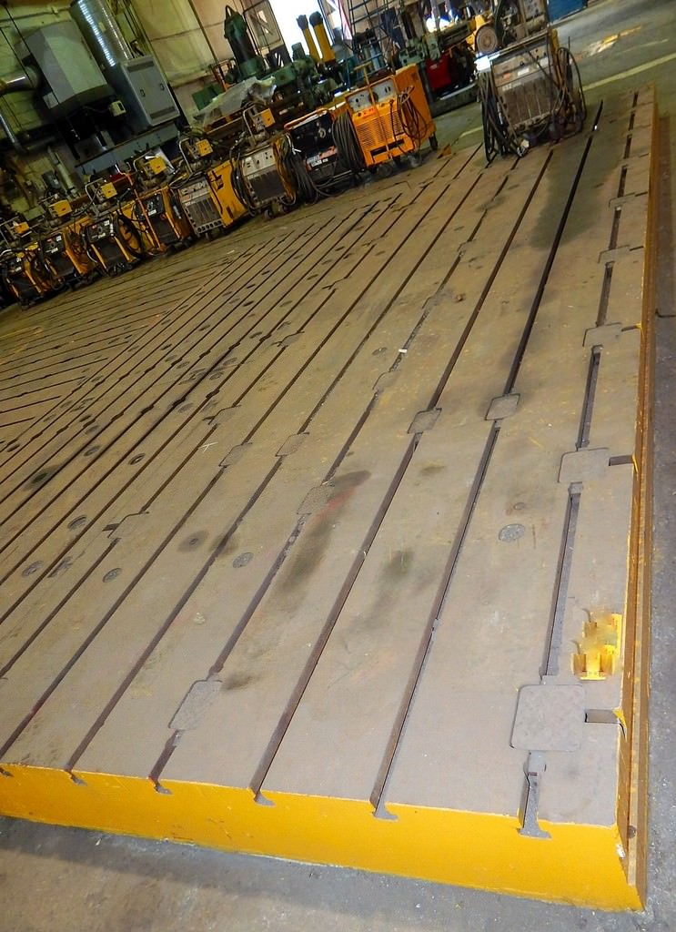 T-Slotted-Floor-Plate-(1)-84-x-288-Cast-Iron