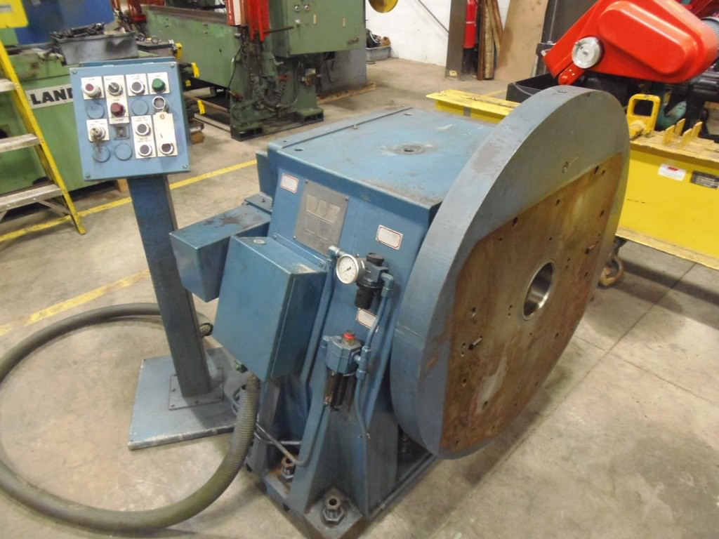 Wisconsin Vertical Rotary Table with Tailstock, 40