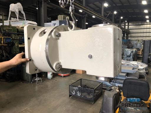 Right-Angle-Head-From-3.93-TOS-H100A-Boring-Mill