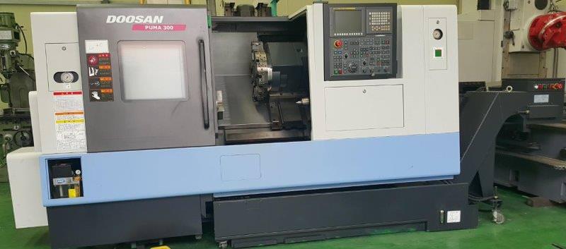 DOOSAN-Puma-300C-CNC-Turning-Center