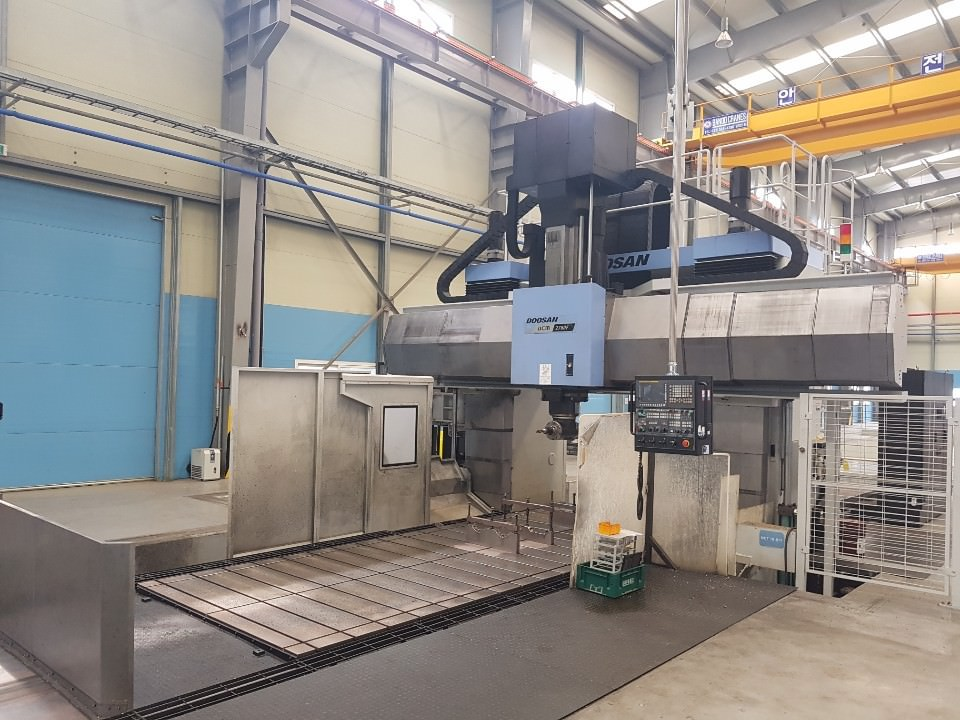 Doosan-DCM-2780F-CNC-Double-Column-Machining-Center