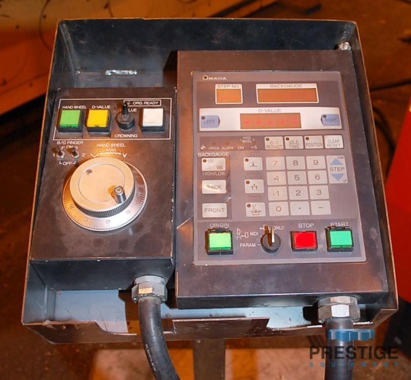 Amada FBD 1030LDR 110 Ton x 10' CNC Up-acting Press Brake-30070c