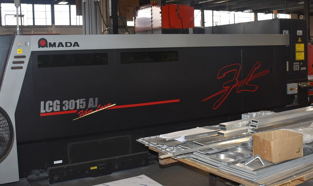 Amada-LCG-3015AJ-4000-Watt-Flying-Optic-Fiber-Laser