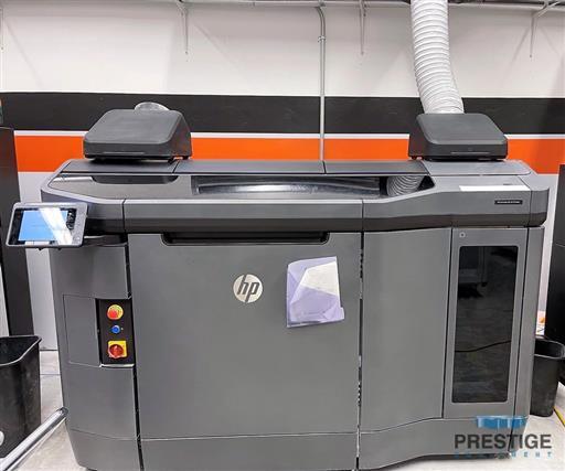 HP-Jet-Fusion-4210-3D-Printer-&-Processing-Station