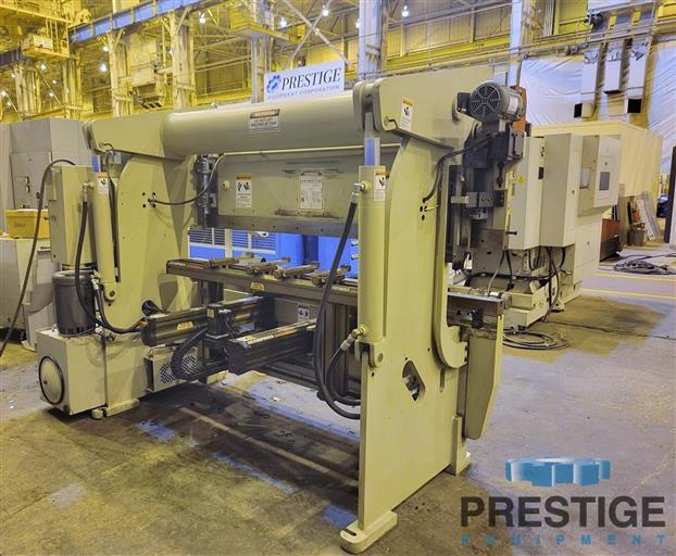 Accurpress 7608 Advantage  60 Ton x 8'  3-Axis CNC Hydraulic Press Brake With ETS3000-31651g