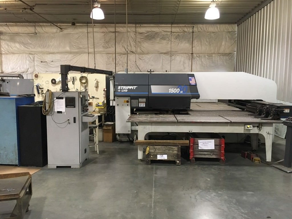 33-Ton-Strippit-LVD-Hydraulic-CNC-Turret-Punch-Press