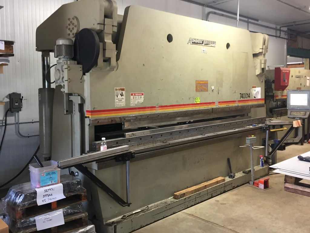 Accurpress-7-400-14-3-Axis-CNC-Hydraulic-Press-Brake