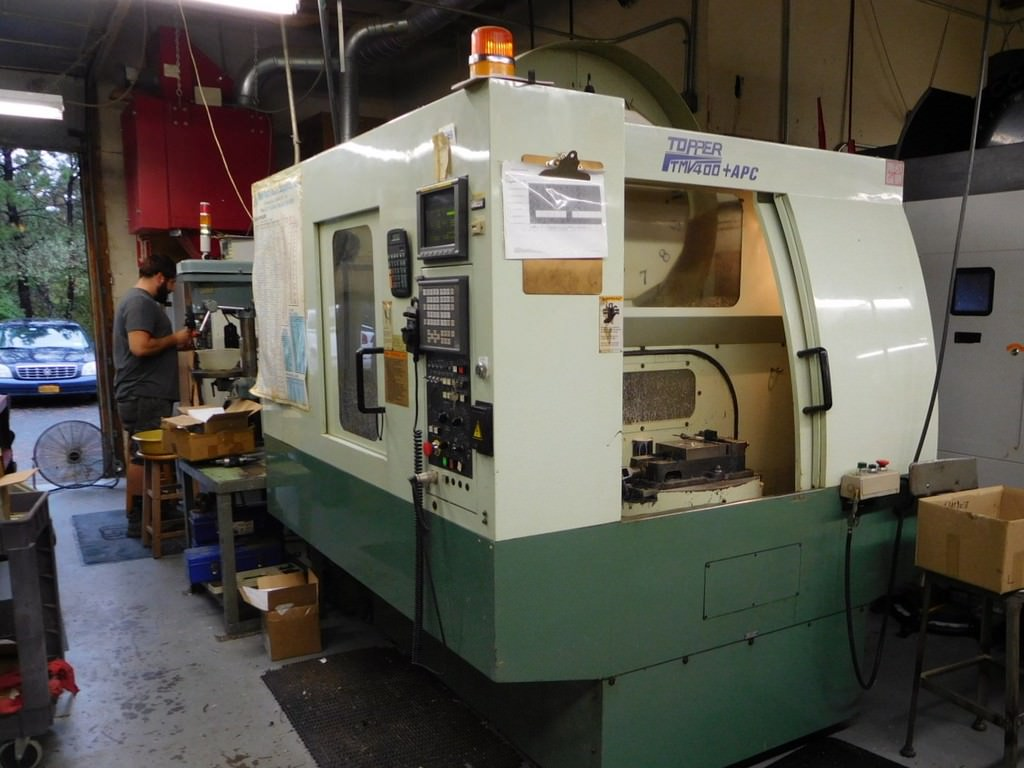 TOPPER-TMV-400-APC-Vertical-Machining-Center-w-Pallet-Changer