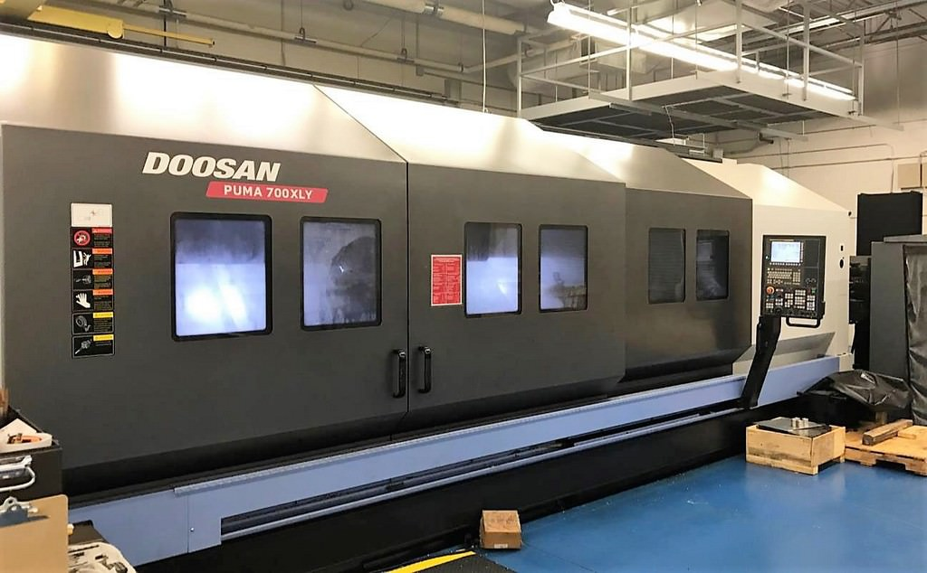 DOOSAN-Puma-700XLY-CNC-Turning-Center-With-Live-Milling