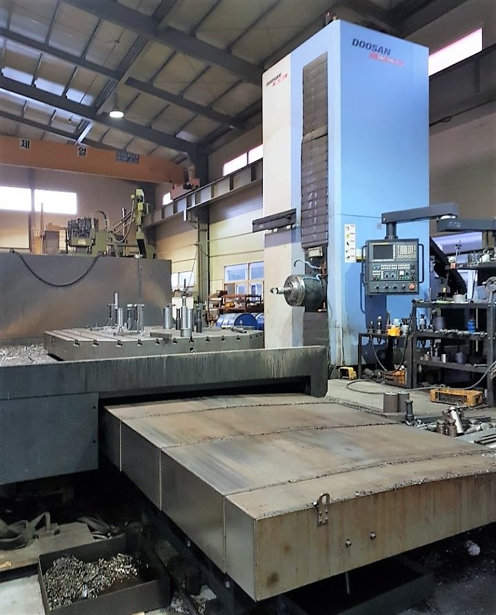 5.12-Doosan-CNC-Table-Type-Horizontal-Boring-Mill