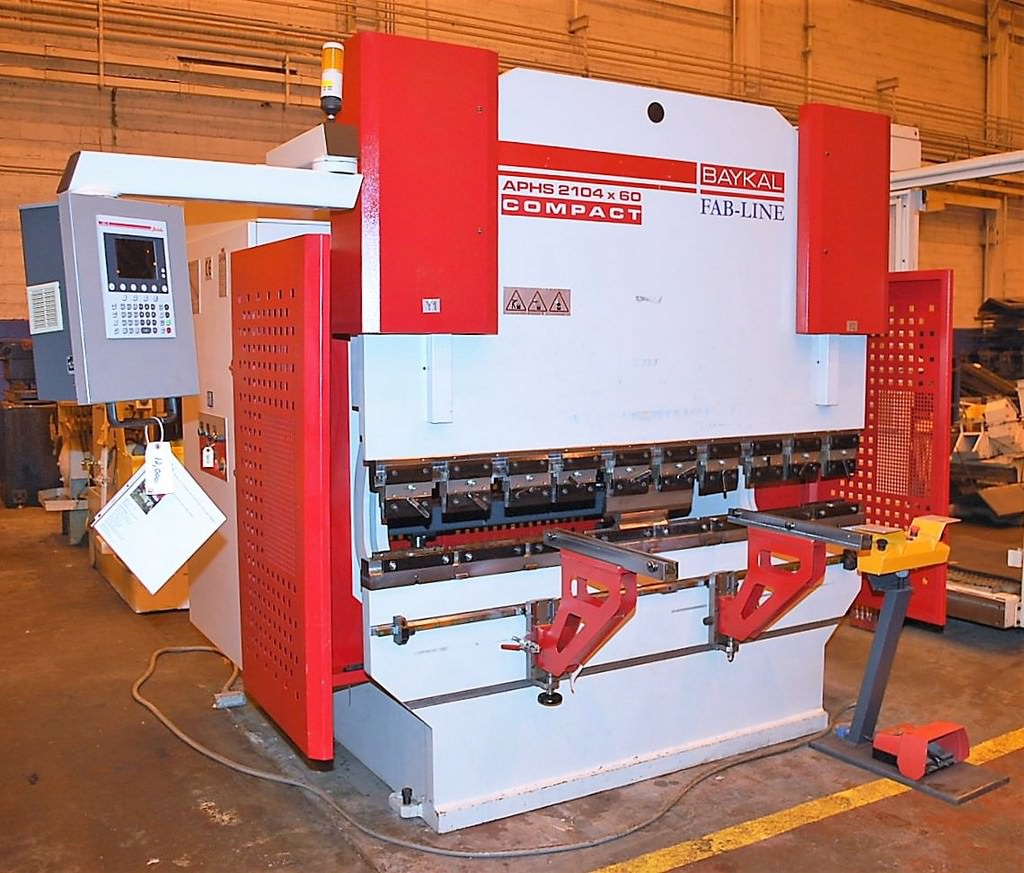 Baykal-APHS-2104-x-60-67-Ton-4-Axis-CNC-Press-Brake