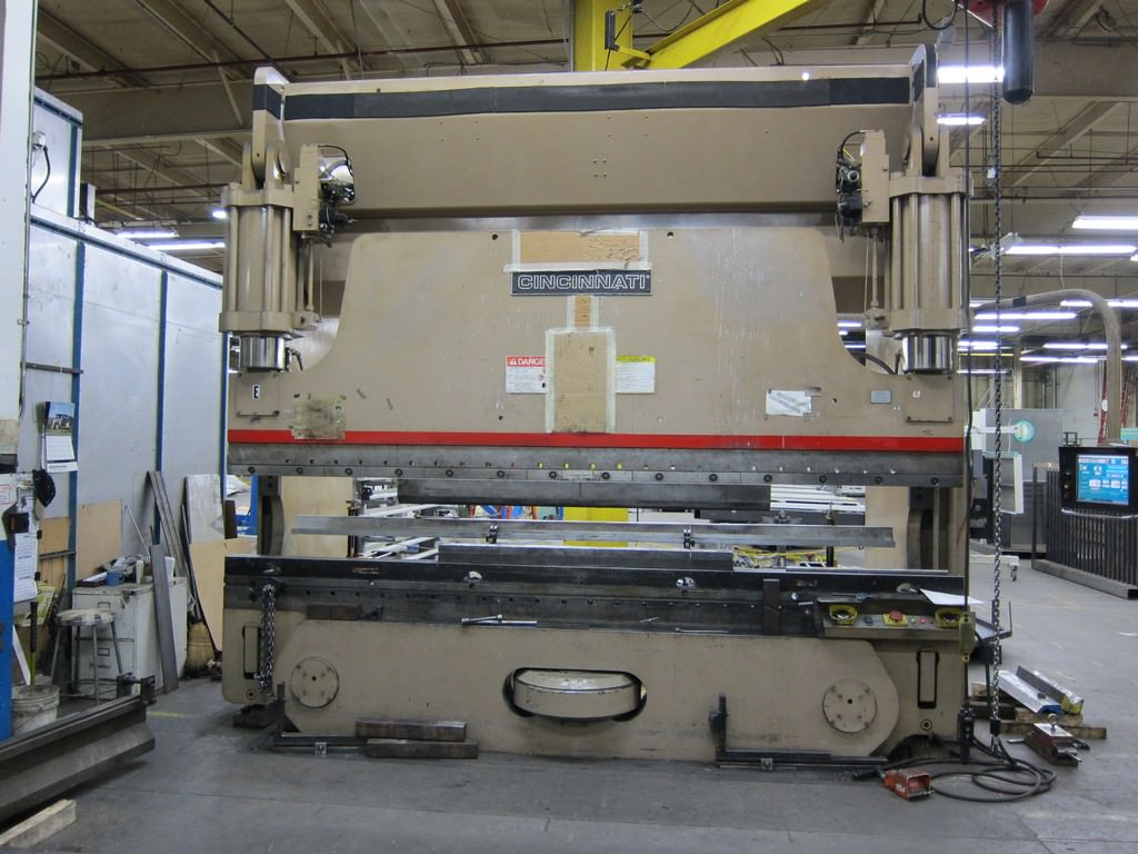 Cincinnati-FMII-350-Ton-x-14-CNC-Hydraulic-Press-Brake