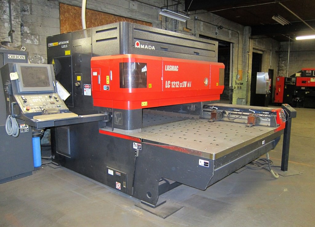 AMADA-LC-1212A4-NT-2.5-KW-CNC-C02-Laser-Cutting-System