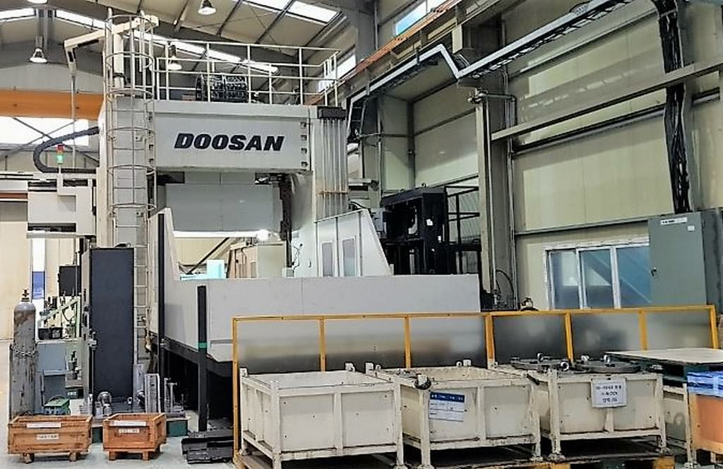 Doosan-DCM-2760-F-5-Face-CNC-Double-Column-Machining-Center