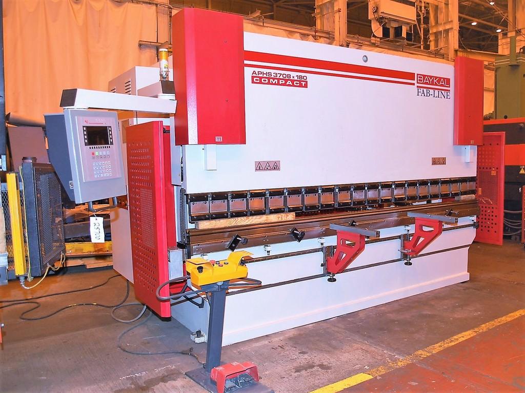 Baykal-APHS-3708-x-180-198-Ton-4-Axis-CNC-Press-Brake