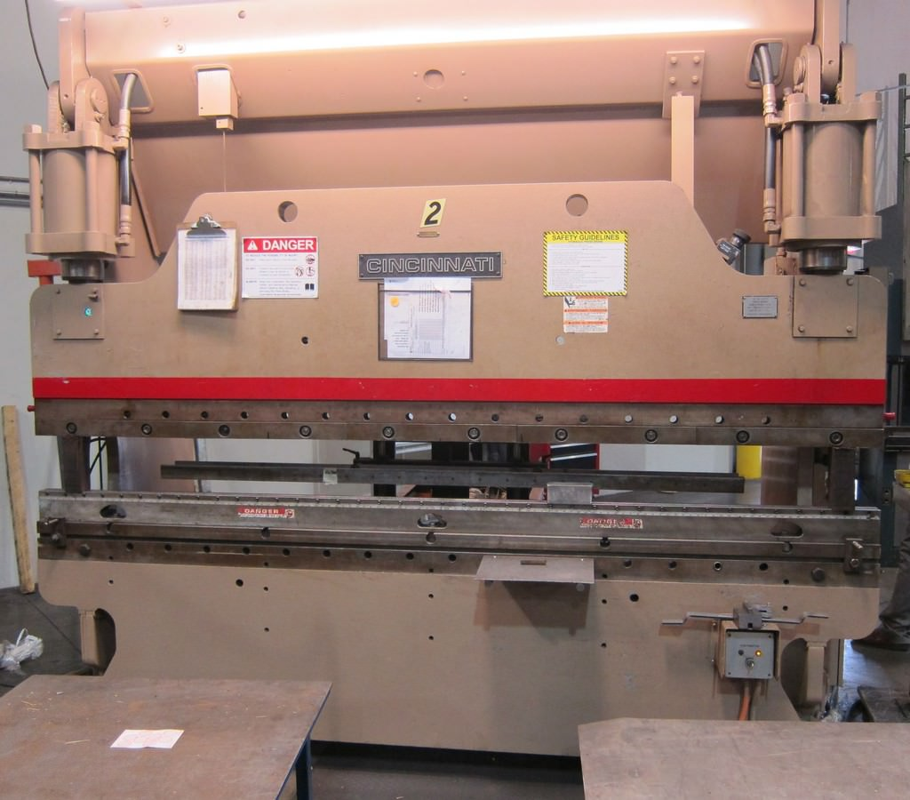 Cincinnati-135-CB-x-8FT-CNC-Press-Brake