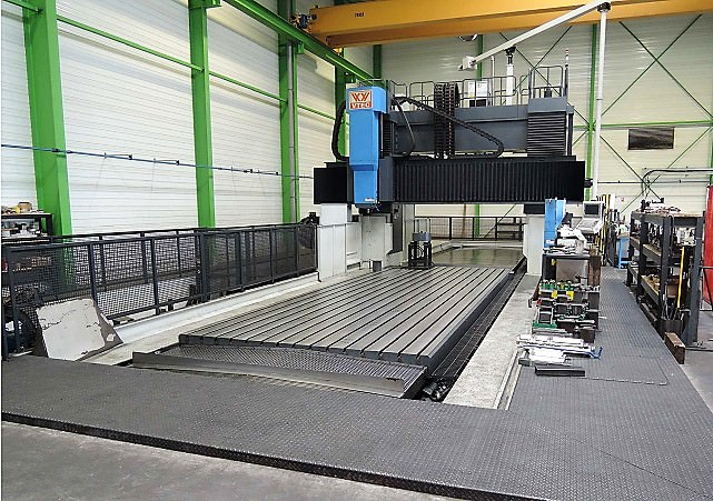 Vision-Wide-BM-8242-CNC-Gantry-Portal-Milling-Machine