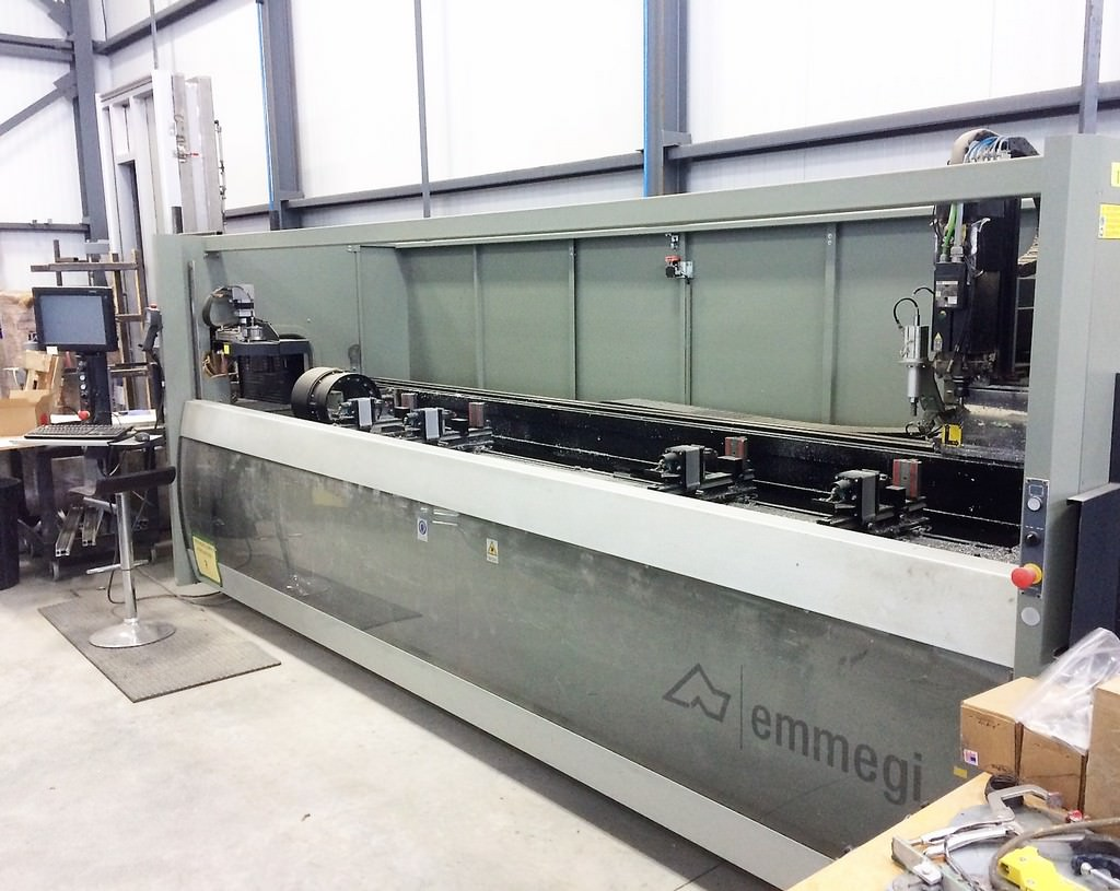 Emmegi-Phanomatic-T3-Star-4-Axis-Machining-Center-For-Bar