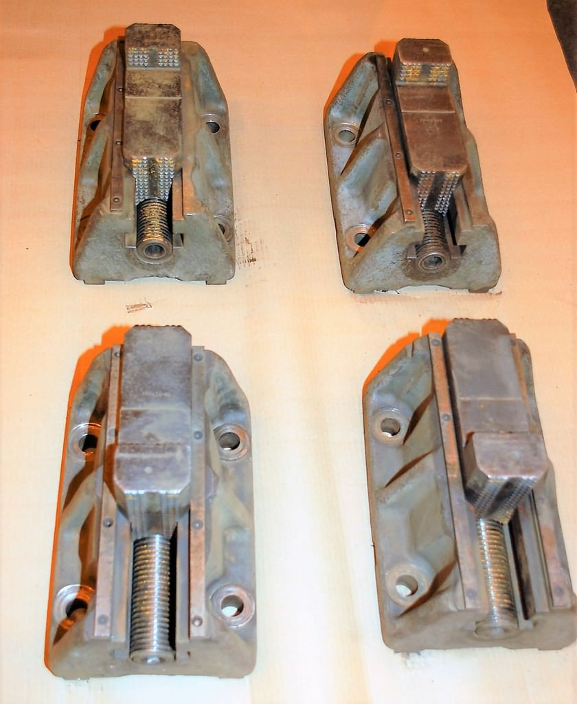(4)-12-x-8-Face-Plate-Type-Chuck-Jaws