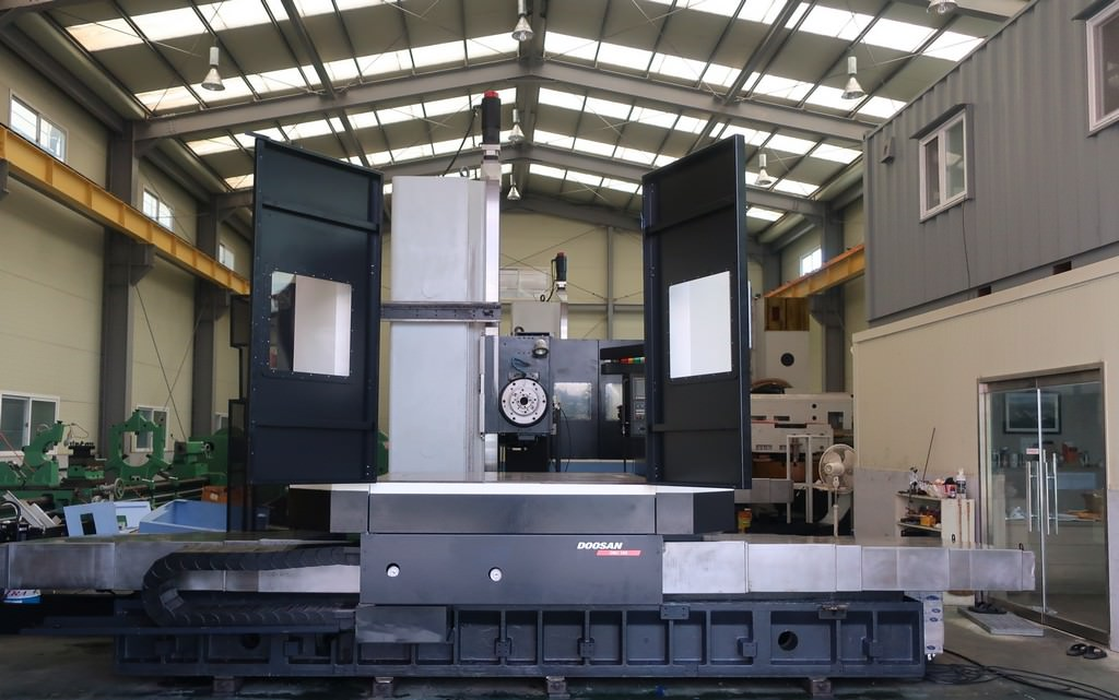Doosan-DBC-130-CNC-Table-Type-Horizontal-Boring-Mill