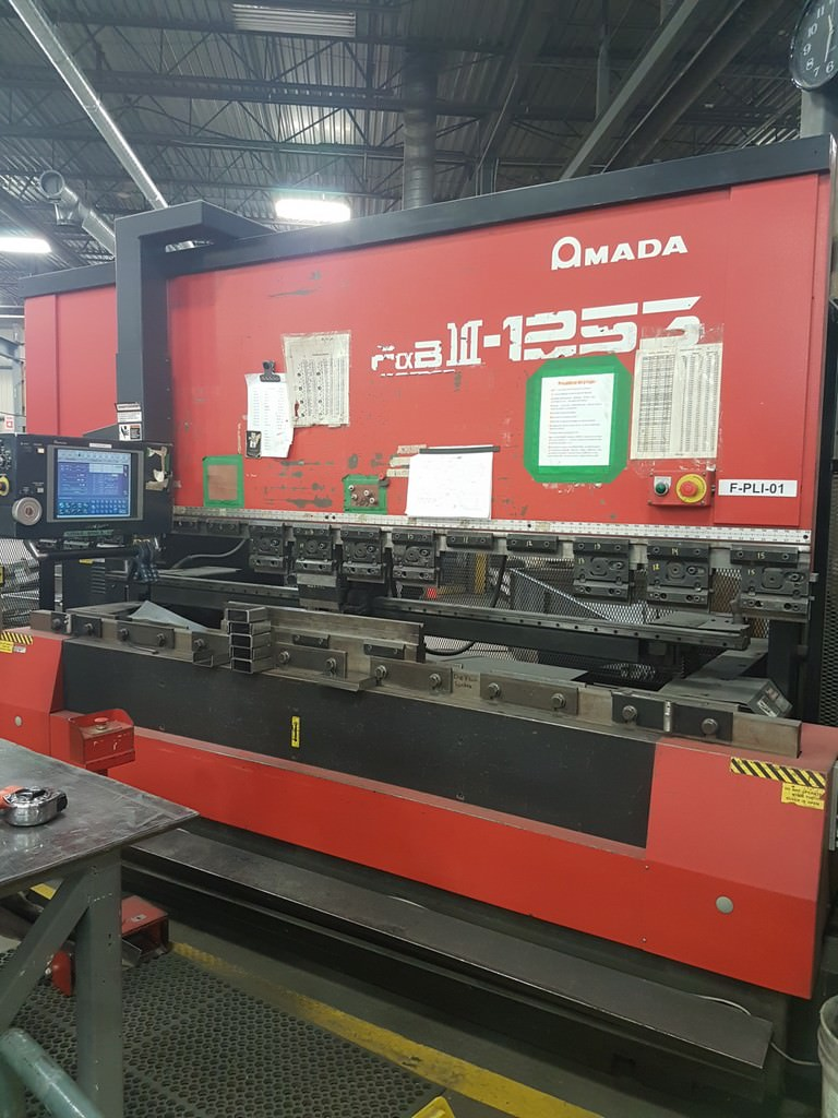 Amada-FBD-1253NT-138-Ton-7-Axis-Hydraulic-Upacting-CNC-Press-Brake
