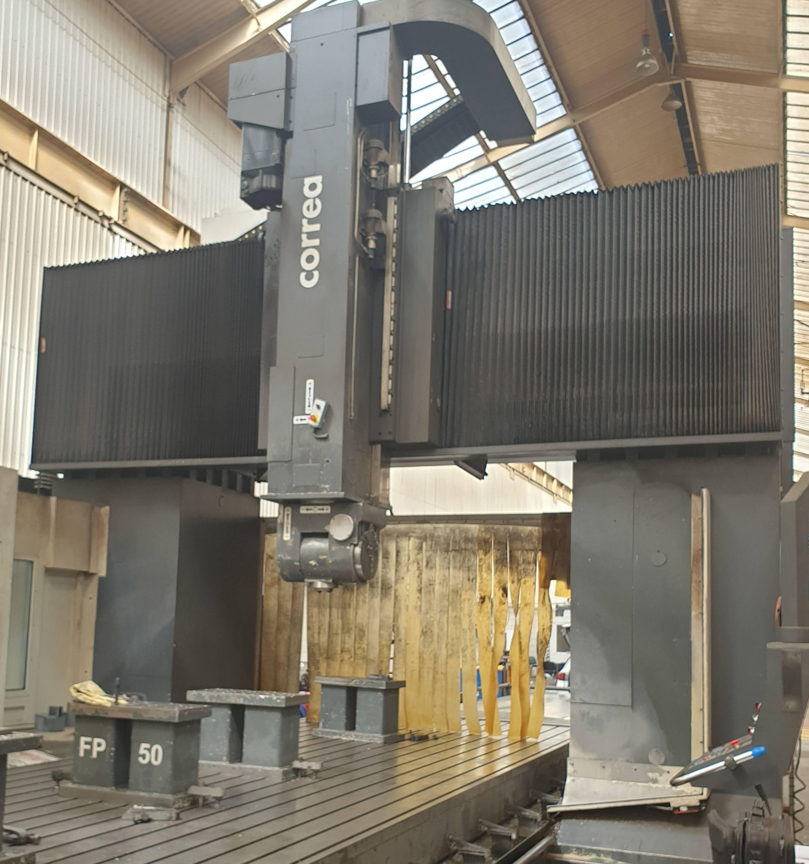 CNC Bridge Type Milling Machine