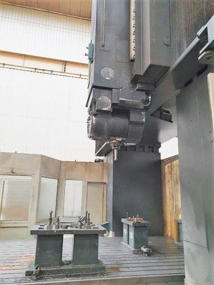 Correa Bridge Type Milling Machine