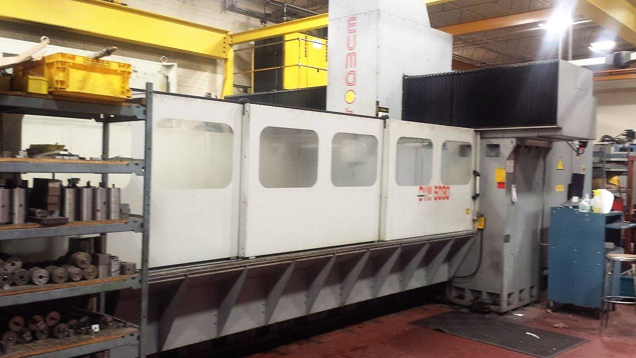 Used CNC VERTICAL MACHINING CENTERS